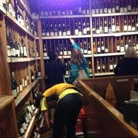 Photo taken at 67 Wine & Spirits by MLL🙋♍ on 10/28/2012