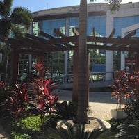 Foto tirada no(a) Island Personal Offices por Cristiano R. em 7/15/2016