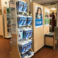 Photo taken at Kaiser Clairemont Pharmacy by toisan on 11/14/2017