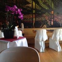Photo taken at Osha Thai Restaurant by Irakli G. on 5/26/2013