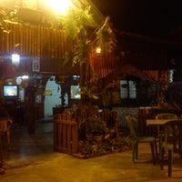 Photo taken at Kedai Mek (YINAVIN Seafood) by Abdul Alim A. on 5/23/2013