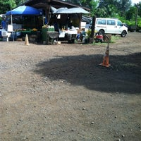 Photo taken at Kahuku Land Farms Fruit Stand by Zane on 11/21/2012