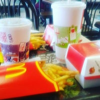 Photo taken at McDonald's by Jorge L. on 3/10/2016