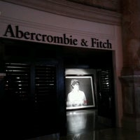 Photo taken at Abercrombie & Fitch by Vladimir I. on 2/4/2013