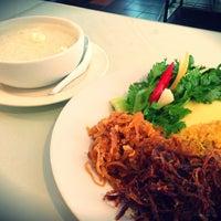 ร้านอาหาร กลางซอย (klang Soi Thai Restaurant)