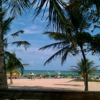Photo taken at Praia de Tambaú by Lúcia M. on 12/31/2012