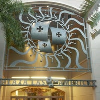 Photo taken at Plaza Las Americas by Gran Manuel H. on 12/26/2012