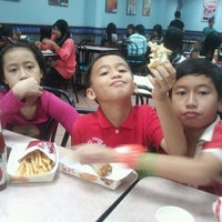 Photo taken at KFC by Azizah K. on 10/27/2012