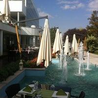 11/2/2012 tarihinde Mehmet G.ziyaretçi tarafından Ala Restaurant ve Spor Tesisi'de çekilen fotoğraf