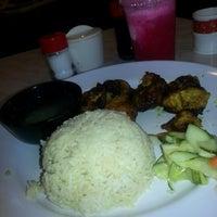 Photo taken at Rafflesia Chicken Hut by Nik Ameer Z. on 11/3/2012