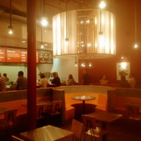 Photo taken at Chipotle Mexican Grill by Alvaro Daniel @. on 12/13/2012