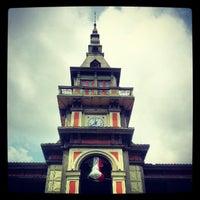 Photo taken at Palacio de Hierro by Cristhian P. on 9/30/2012