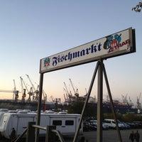 Photo taken at Hamburger Fischmarkt by Marcel N. on 10/28/2012