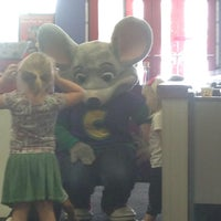Photo taken at Chuck E. Cheese's by Veronica C. on 8/27/2015