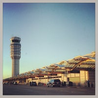 Photo taken at Ronald Reagan Washington National Airport (DCA) by Andrew B. on 5/2/2013