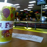 Photo taken at Peter Piper Pizza by Eversogents on 10/10/2012
