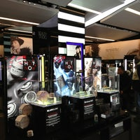 Photo taken at Sephora by Dulce Helena Melchiori N. on 1/5/2013