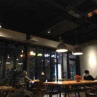 Photo taken at FM Coffee House by Hye-young W. on 2/6/2016