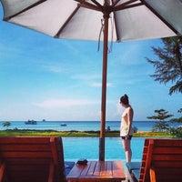 Photo taken at Sheraton Krabi Beach Resort by Toda on 11/7/2012