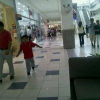 Photo taken at Plaza Lima Sur by leonov y. on 4/18/2012