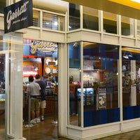 Photo taken at Garrett Popcorn Shops - Navy Pier by Garrett Popcorn Shops on 11/5/2014