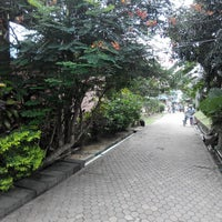 Photo taken at Phi Phi Chang Grand Resort by Vladimir K. on 2/23/2014