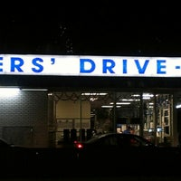 Photo taken at Peters' Drive-In by Sand on 12/15/2012
