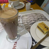 Photo taken at Costa Coffee by María M. on 10/14/2012