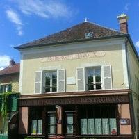 Photo taken at Maison de Van Gogh by Guillaume M. on 6/25/2016