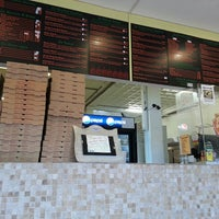 Photo taken at Zz Pizza by Dancing S. on 10/19/2013