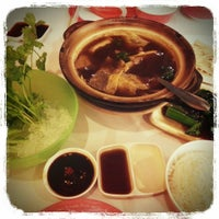Photo taken at Chokdee Dimsum by Namphung R. on 2/14/2013