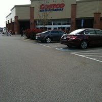 Photo taken at Costco Wholesale by Jo Ellen L. on 10/25/2012