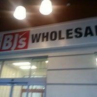Photo taken at BJ's Wholesale Club by Nikki W. on 12/20/2012