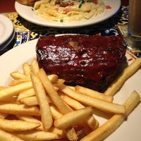 Photo taken at Chili's Grill & Bar by Mitzi L. on 3/14/2013