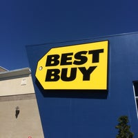 Photo taken at Best Buy by Brian M. on 6/10/2016