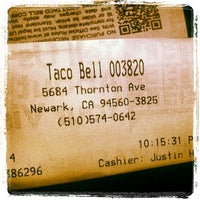 Photo taken at Taco Bell by Abraham L. on 1/10/2014