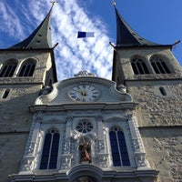 Photo taken at Hofkirche by hiratarahi on 10/28/2013