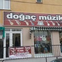 Photo taken at Doğaç Müzik by Kamil K. on 10/3/2014