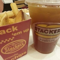 Photo taken at Stackers Burger Cafe by Brigitte L. on 8/29/2013