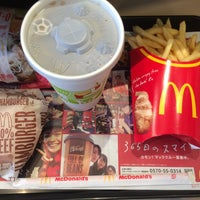 Photo taken at マクドナルド 桜新町店 by 植木 等. on 9/25/2015