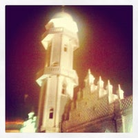 Photo taken at Masjid Raya Baiturrahman by Dwi Kurniawan S. on 4/23/2012