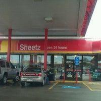 Photo taken at SHEETZ by Brandon D. on 4/1/2011