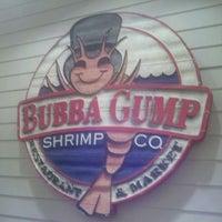 Photo taken at Bubba Gump Shrimp Co. by Derrick O. on 3/4/2012