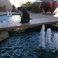 Photo taken at Palm Springs Art Museum by Stephen G. on 12/31/2011