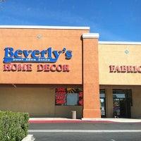 Photo taken at Beverly's Fabric & Crafts by Shiva S. on 3/21/2012