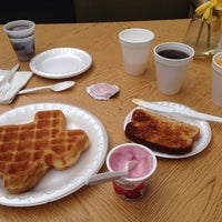 Photo taken at La Quinta Inn & Suites Austin Round Rock North by Karl S. on 4/28/2014
