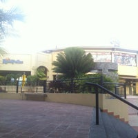 Photo taken at La Vereda Terramall by Jeilin Z. on 4/7/2013