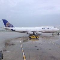 Photo taken at United Club by Aptraveler on 9/4/2014