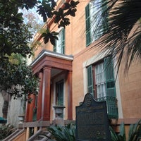 Photo taken at Sorrel Weed House - Haunted Ghost Tours in Savannah by Justin R. on 12/10/2012
