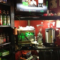 Photo taken at Harat's Pub by Degra B. on 10/31/2012